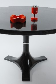 Dining table Kartell