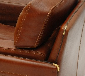 Leather armchair Arcon